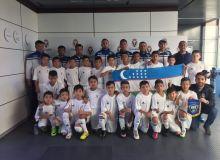 Юные футболисты тренируются под руководством специалистов мадридского «Реала»