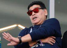 Марадона Аргентина термаси устозини кескин танқид қилди