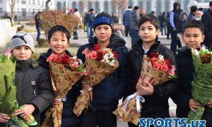 Победители Всемирной шахматной Олимпиады вернулись в Ташкент