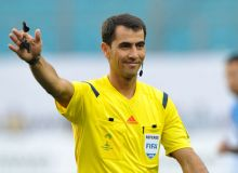 Ravshan Irmatov officiates Chinese Super League matches