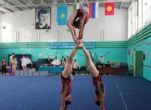 Акробаты Узбекистана стали призерами турнира в Казахстане
