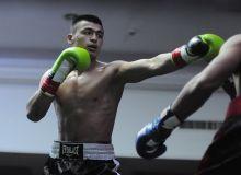 Азиз Абдугафуров победил боксера Африки