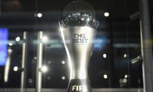 """Месси, Роналду ва """"Ливерпуль""""дан тўрт футболчи: ФИФА йилнинг энг яхши футболчиси учун номзодлар рўйхатини эълон қилди"""