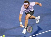 Стефанос Циципас стал полуфиналистом соревнований в Дубае