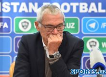 Фотогалерея с пресс-конференции с участием главного тренера сборной Узбекистана Эктора Купера