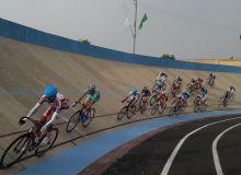 В Намангане стартовали соревнования по велотреку