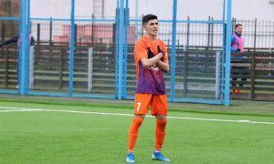 Transfer News. Jasurbek Yakhshibaev completes a move to FC Shakhter Soligorsk