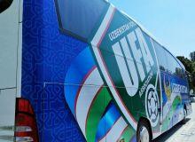 ФИФА Ўзбекистон МТЖ учун совға қилган янги автобус безатилмоқда (Фото)