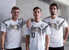 Германия термаси футболкалари чегирмалар билан сотила бошланди