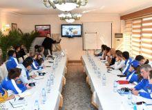 Иностранные специалисты по велоспорту проводят учебные семинары