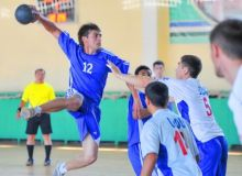 Молодежная команда Джизака выиграла чемпионат страны по гандболу