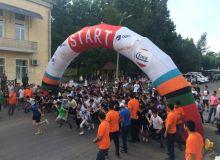 Более 2200 спортсменов участвовали в соревновании по бегу в Ташкенте