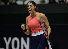 Каролин Гарсия вышла в четвертьфинал турнира в Лионе