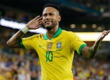 Неймар Бразилия футболи тарихига кирди