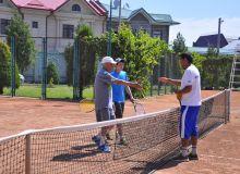 Ветераны спорта соревновались в турнире по теннису