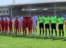 Равшан Ирматов и Рузикул Бердиев приняли участие в футбольном шоу