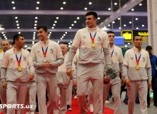 World champions receive a heroic welcome in Tashkent