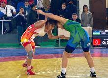 В Навои завершился Кубок Узбекистана по женской борьбе