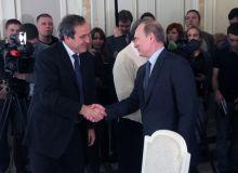 Полиция Мишель Платини уйидан Путиннинг совғасини излаганмиди?