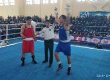 Рустам Тулаганов стал серебряным призером чемпионата