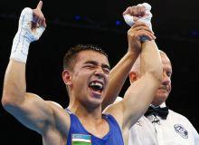 Hasanboy Dusmatov claims a gold medal at the Uzbekistan Boxing Championship