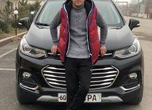 Jasurbek Latipov to make his professional boxing debut in Andijan