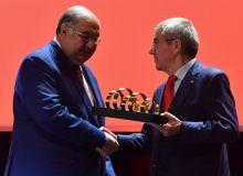 Президент Международного олимпийского комитета Томас Бах наградил Алишера Усманова
