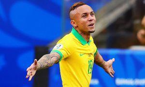 "Таркибини янгилаётган ""Наполи"" Бразилиядан супер футболчи олиб келмоқда"