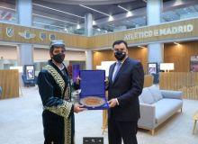 Deputy PM Aziz Abdukhakimov meet with Atletico Madrid officials