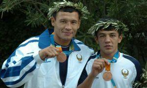 Олимпиада совриндори бўлган беш нафар боксчимиз нега профессионал йўналишда жанг қилмаганди?