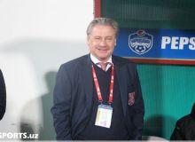 Shevchenko helps Andrei Kanchelskis as an assistant coach in FC Navbahor