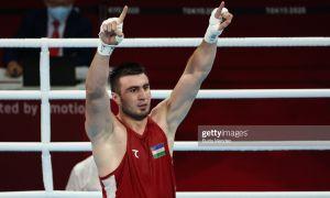 Photo Gallery. Uzbekistan's AIBA World Champion Bakhodir Jalolov stops Frazer Clarke in a fantastic battle.
