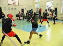 Боксеры Узбекистана и Кубы провели спарринги, Баходир Джалолов также вернулся на базу (Видео)