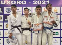 В Бухаре в самом разгаре чемпионат Узбекистана по дзюдо среди юниоров