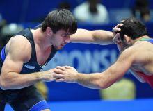 Жавраил Шапиев поборолся с чемпионом Олимпиады и мира