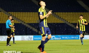 Igor Sergeev two goals away to take the lead among FC Pakhtakor goalscorers
