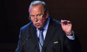 ФИФА мавсум давом эттирилишини хоҳламаяпти