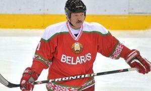 Беларусь Президенти хоккей ўйнайди (фото)