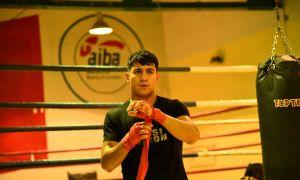Чемпионат Азии по боксу: представитель Монголии проиграл Сухробжону Кайимову