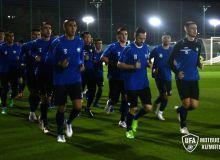 Национальная сборная Узбекистана провела первую тренировку в Дубае
