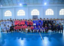 В Джизаке завершился турнир по футзалу среди игроков до 16 лет