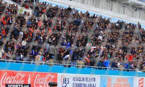 Болельщики в объективе фотокамер матча «Насаф» - «Ли Ман» (Фотогалерея)