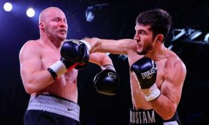 Rustam Tulaganov is training for his next fight in Moscow (video)