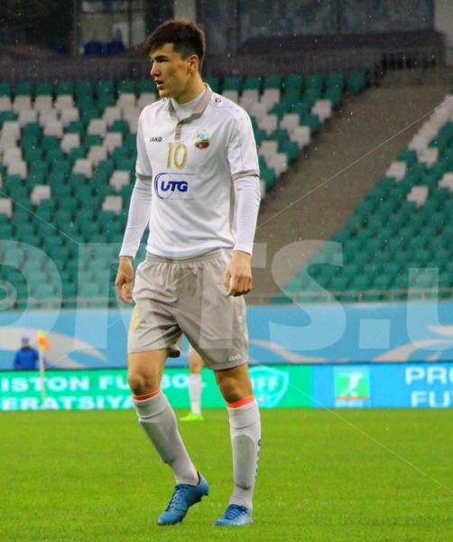 eldor-shomurodov-footballer