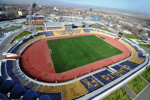 АГМК-стадион